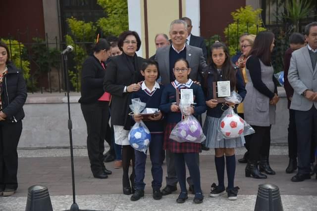 ¡Premian a ganadores de concurso de Calaveras en Jesús María!