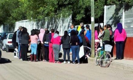 ¡Toman secundaria de Rincón de Romos padres de familia por irregularidades en mesa directiva: PVEM!