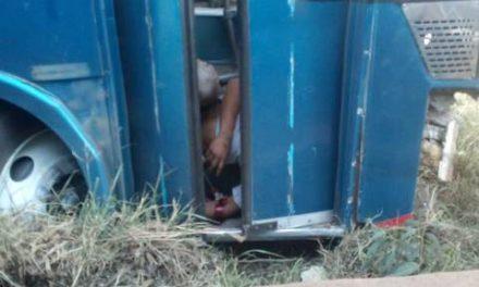 ¡Chofer de Turística Sureña pierde la vida tras accidentarse en Aguascalientes!