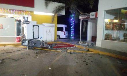 ¡Delincuentes intentaron robar un cajero automático en Aguascalientes!