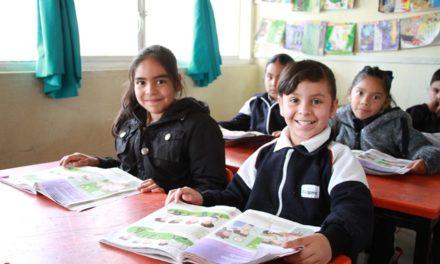 ¡Destinan más de 12 millones de pesos en becas para alumnos de educación básica, bachillerato y educación superior!