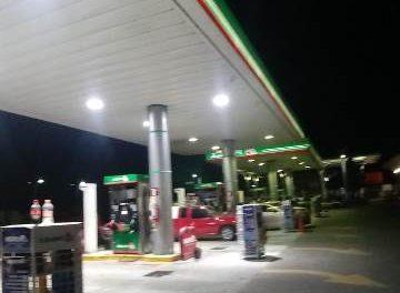 ¡Refrenda gobernador del Estado el respaldo a los gasolineros ante el desabasto de combustible!