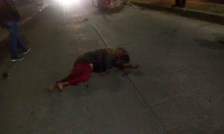¡Veloz camioneta arrolló a pepenadores en Aguascalientes: 1 muerta y 2 lesionados!