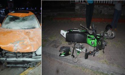 ¡Murió una niña tras fuerte choque entre un auto y una moto en Aguascalientes!
