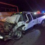 ¡Muere joven conductor en choque frontal entre una camioneta y un camión urbano en Zacatecas!