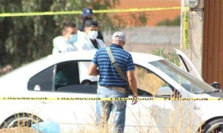 ¡Joven fue ejecutado a balazos a bordo de su automóvil en Morelos!