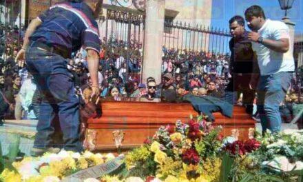 ¡Despidieron al empresario ejecutado entre llanto y aplausos en Lagos de Moreno!