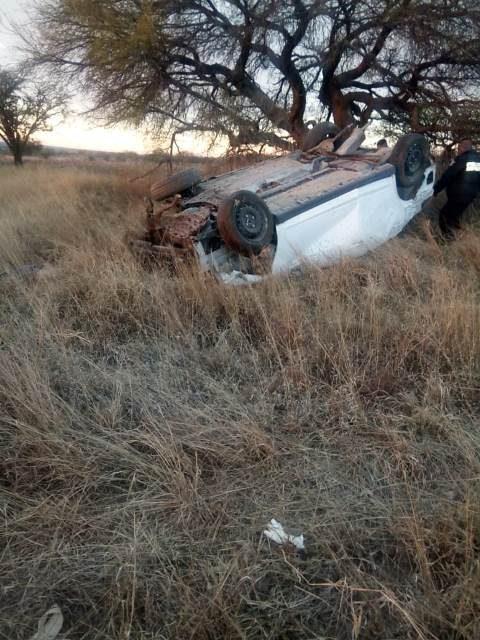¡4 jóvenes muertos tras la volcadura de un automóvil en Aguascalientes!