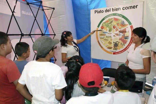 ¡La alimentación en la edad escolar es fundamental para prevenir enfermedades: ISSEA!