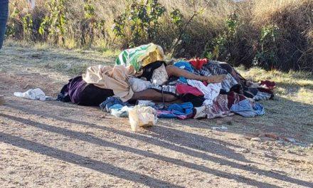 ¡A golpes ejecutaron a 2 delincuentes, hombre y mujer, en Aguascalientes y los dejaron encobijados!