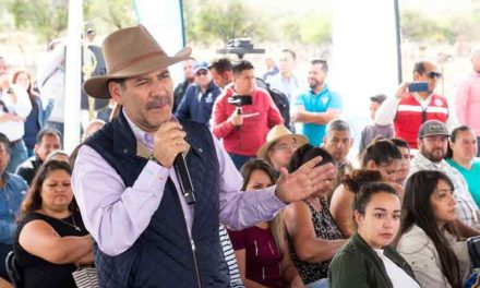 ¡Entrega el gobernador en Calvillo acciones de vivienda por 6.7 millones de pesos!