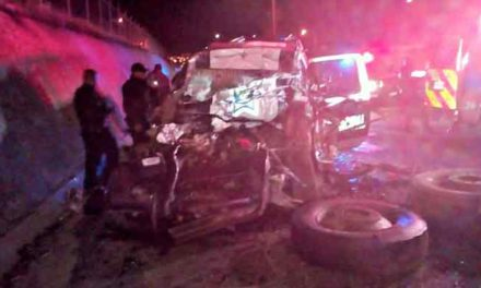 GALERIA/¡Mueren tres policías municipales de Aguascalientes en un accidente tras una persecución!