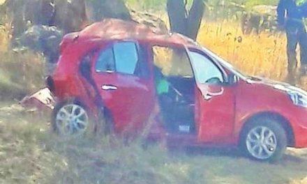 ¡1 muerto y 2 lesionados dejó carambola entre 3 vehículos en Aguascalientes!
