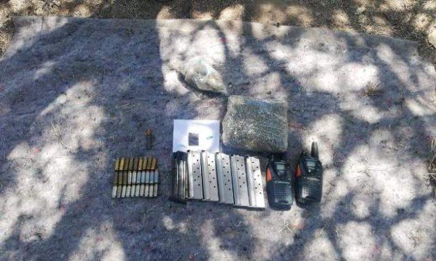 ¡Policías municipales y militares aseguraron cartuchos, cargadores, radios y droga en Lagos de Moreno!