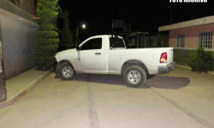 ¡Hallaron a otro hombre ejecutado y apuñalado con un narco-mensaje en Guadalupe!