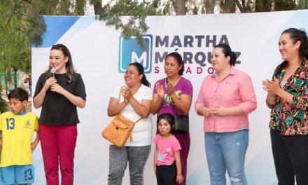 ¡Lleva Martha Márquez atención médica, jurídica y de integración familiar a San Francisco de los Romo!