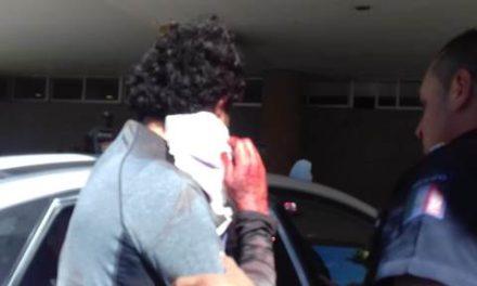 ¡Hombre intentó matarse degollándose en Aguascalientes y fue auxiliado por policías municipales!