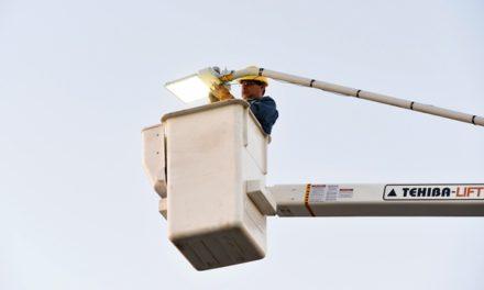 ¡80 por ciento de avance en instalación de luminarias led en la administración de Tere Jiménez!