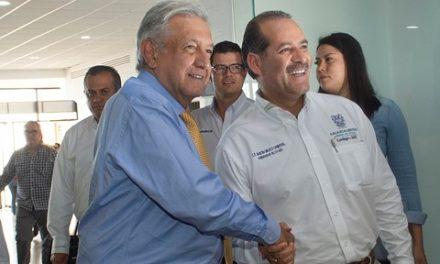 ¡Se reúne gobernador MOS con el presidente AMLO para darle la bienvenida al Estado y conversar sobre la situación de Aguascalientes!