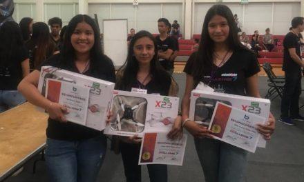 ¡Alumnas de Telesecundaria obtienen el primer lugar en competencia estatal y clasifican a regional de robótica!