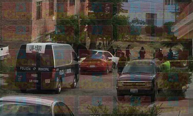 ¡Ejecutan a un ex elemento de la Fuerza Única Regional en la puerta de su casa en Lagos de Moreno!