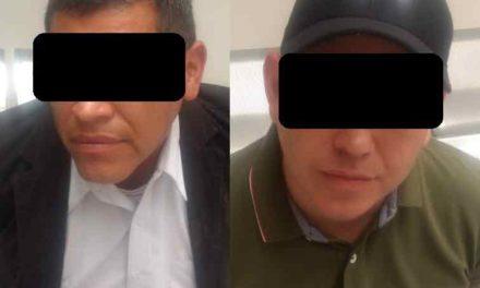 ¡Policía Estatal captura a dos operadores de Tere Jiménez acusados de amenazas con un arma!