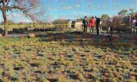 ¡Joven militar murió tras la volcadura de una camioneta en Fresnillo!