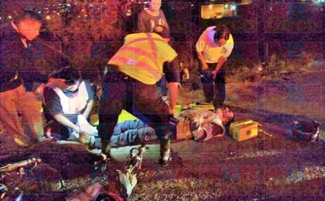 "¡3 motociclistas lesionados tras ser embestidos por un auto ""fantasma"" en Lagos de Moreno!"