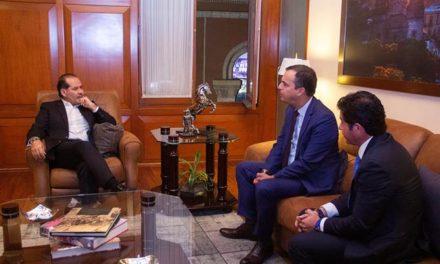 ¡Acuerda gobernador del Estado acciones de promoción de la FNSM en Perú!