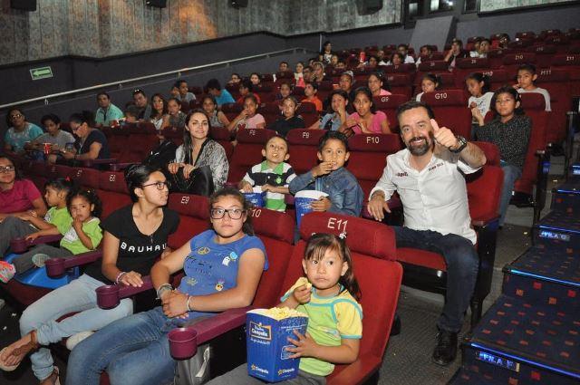 ¡Festeja Arturo Ávila el Día del Niño con Casa Hogar!