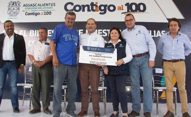 ¡Más de 2 mil 200 habitantes del poniente de la ciudad fueron beneficiados con el programa Contigo al 100!