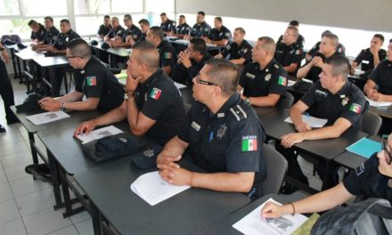 ¡Presentan policías preventivos examen para obtener grado académico de Técnico Superior Universitario!