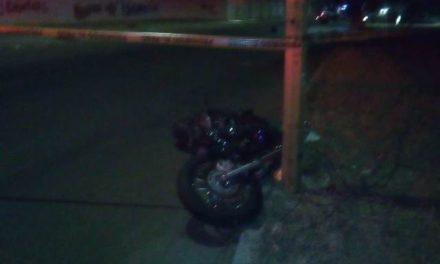 ¡Mueren 2 hombres tras accidentarse en una motocicleta en Aguascalientes!
