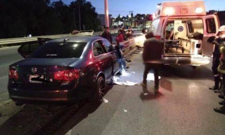 ¡1 muerto y 1 lesionada tras fuerte accidente automovilístico en Zacatecas!