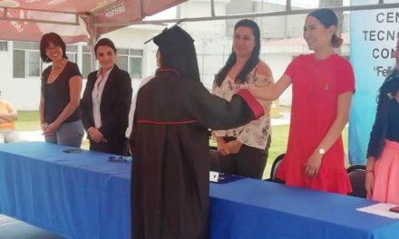¡Cuatro mujeres concluyeron su bachillerato en el CERESO Femenil!
