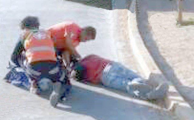 ¡Albañil murió atropellado por un automóvil en Lagos de Moreno!