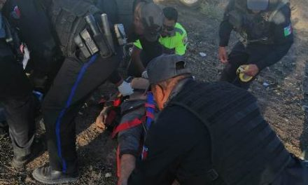 ¡Volcadura de un auto dejó 1 muerto y 1 lesionado en Aguascalientes!