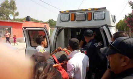 ¡Grave albañil que se electrocutó y cayó de una construcción en Aguascalientes!