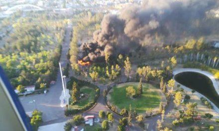 ¡Impresionante incendio en el Parque Rodolfo Landeros Gallegos en Aguascalientes!