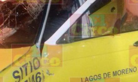 ¡Intentaron ejecutar a un taxista y a su pasajero en Lagos de Moreno y están graves!