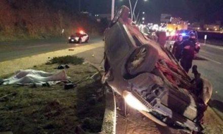 ¡Volcadura de un auto en Zacatecas dejó 2 muertos y 4 lesionados!