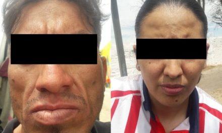 """¡Policías estatales de Aguascalientes detuvieron a pareja de Zacatecas con 2 kilos de marihuana y 120 gramos de """"crystal""""!"""