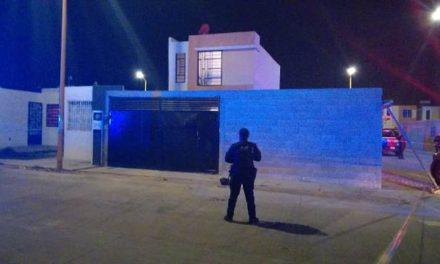 ¡Sujeto asesinó a machetazos a su hijastro e hirió a su pareja en Aguascalientes!