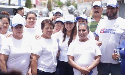 ¡Vecinos del Ojocaliente respaldan a Tere Jiménez!