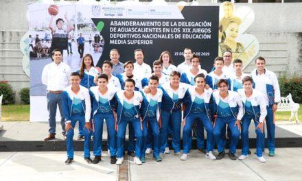 ¡Abanderan a alumnos que representarán a Aguascalientes en Juegos Deportivos Nacionales de Bachillerato!