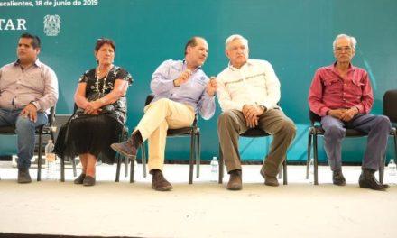 ¡Acuerdan el gobernador del Estado y el presidente de México trabajar en unidad para el beneficio de los mexicanos!