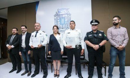 ¡Reconocen a policías municipales por desarticular banda de explotación de menores!