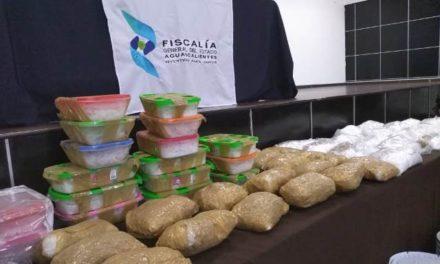 ¡Golpe al narcotráfico: decomisan 52 kilos de cristal y 2 de marihuana!