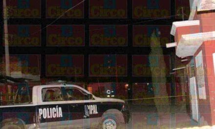 ¡De 10 balazos ejecutaron a un joven en la colonia Plan de Ayala en Fresnillo!