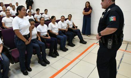 ¡Antonio Martínez Romo dio la bienvenida a 100 cadetes que inician su formación como policías!